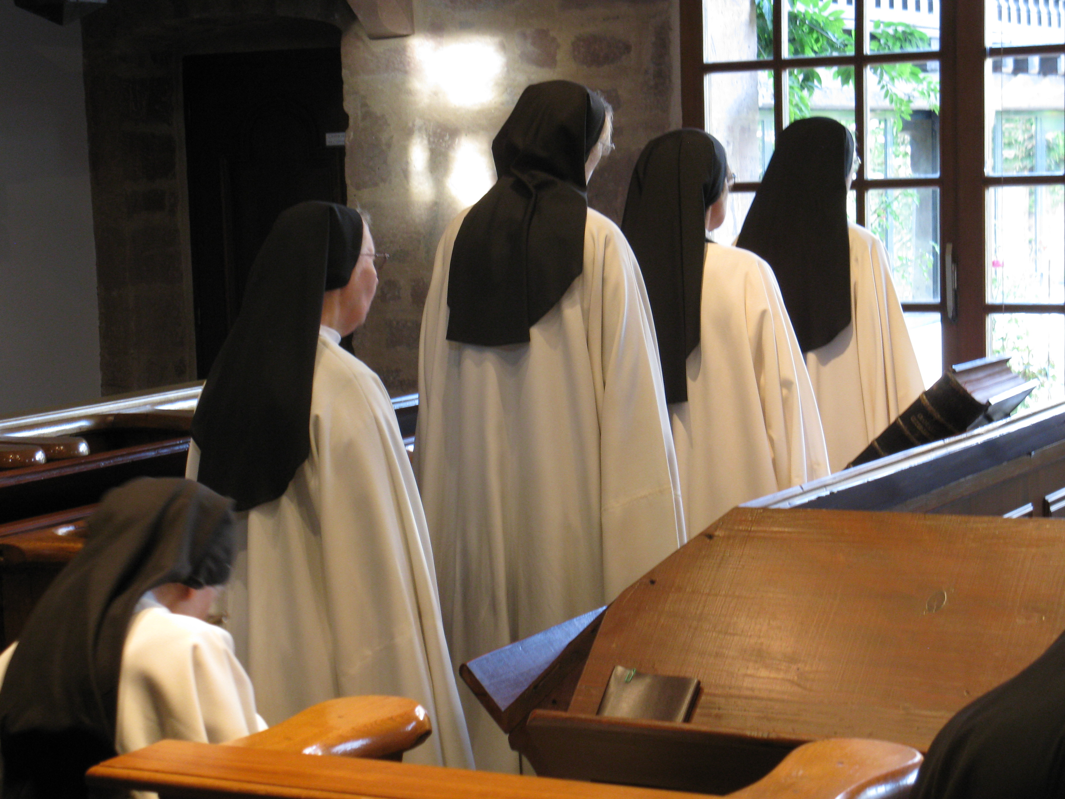 Horaires de nos offices semaine et solennit s abbaye n - Abbaye de citeaux horaires des offices ...